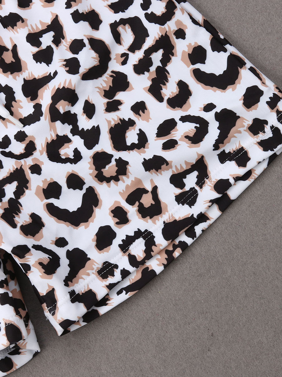 3e78ca2378ebf ... Family Matching Leopard Print Swimming Trunks for Father and Son
