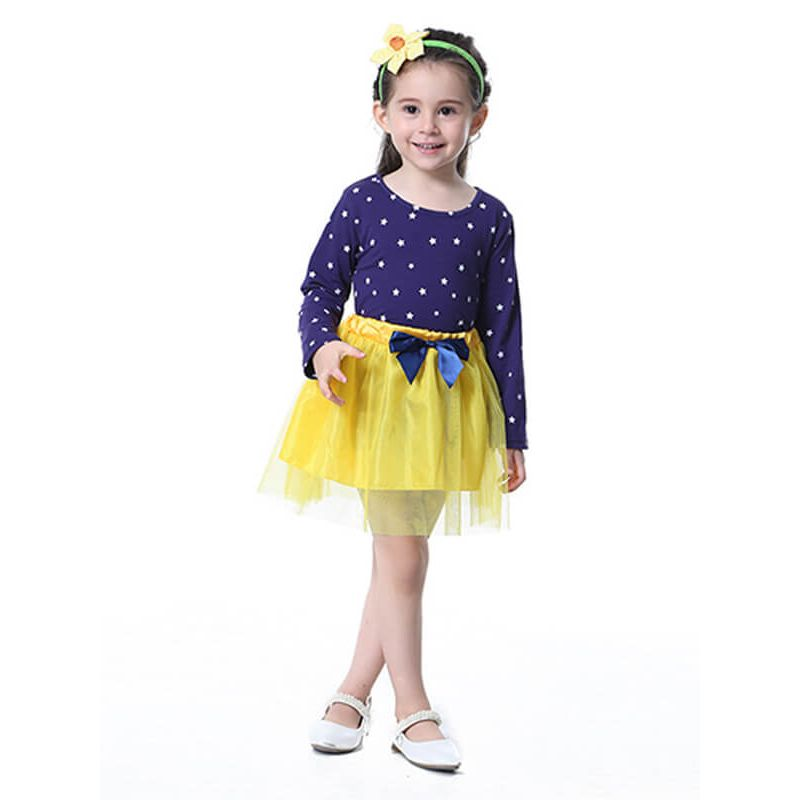 Kiskissing Bow Stars Printed Top Princess Tutu Mini Skirt Set for Toddlers Girls the model show wholesale kids clothing