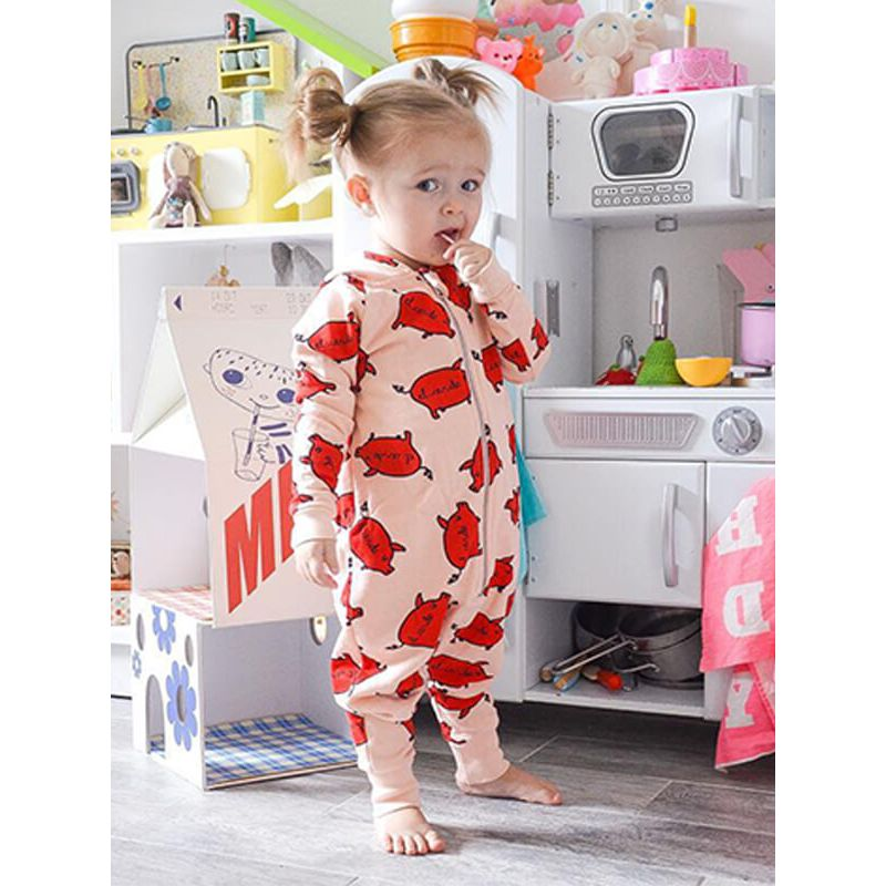 555952089016 Kiskissing Red Pigs Printed Zipped Cute Romper Pajamas for Babies the model  show wholesale baby onesies