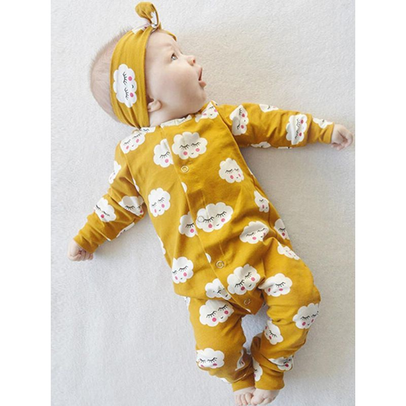 Kiskissing Cute Clouds Printed Romper Jumpsuit Pajamas for Babies the model show wholesale baby clothes