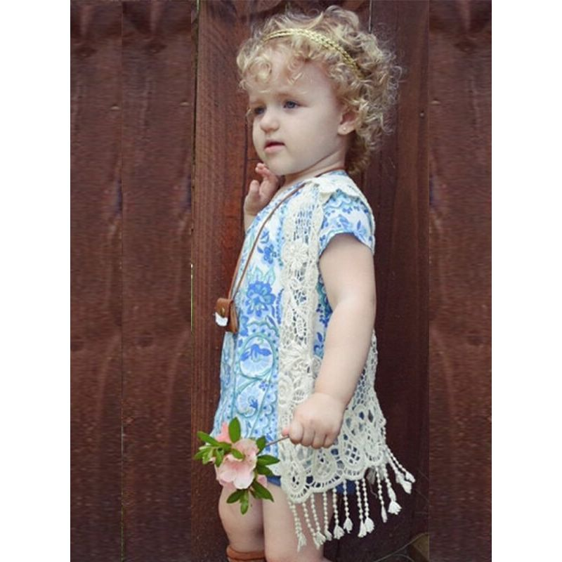 Kiskissing beige Sleeveless Pierced Fringed Cotton Free Size Top Vest for Toddlers Girls the model show