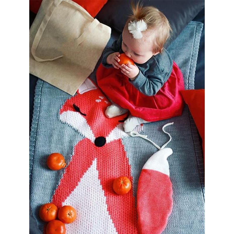 Kiskissing Cute Fox Pattern Knitted Blanket for Babies Toddlers Boys Girls the model show