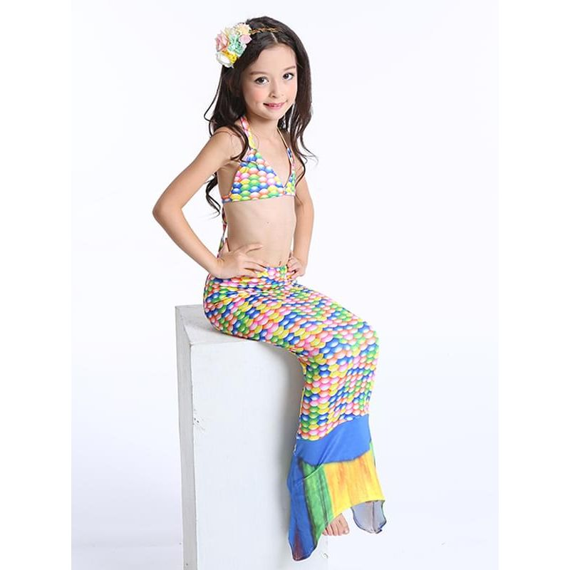 Kiskissing 3-piece Mermaid Swimwear Set Top Shorts Bottom for Toddlers Girls the model show wholesale kids swimwear