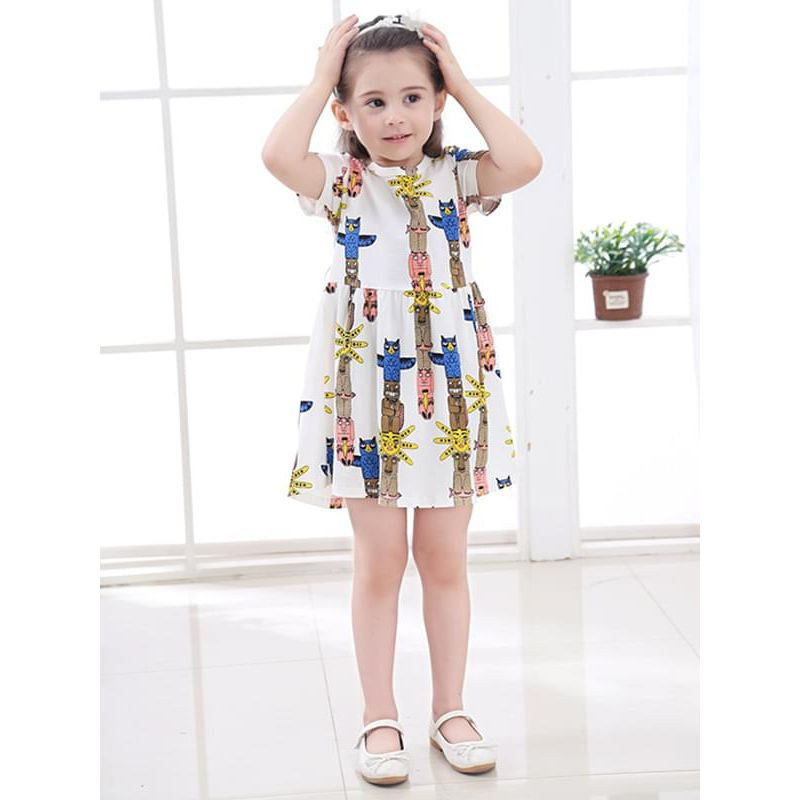 Kiskissing White Cartoon Pattern Cute Printed Dress Short-sleeve for Toddlers Girls the model show wholesale princess dresses