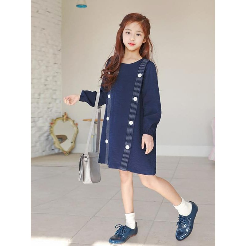 Kiskissing Stylish Blue Buttoned Long-sleeve Dress for Girls the model show trendy kids wholesale clothing