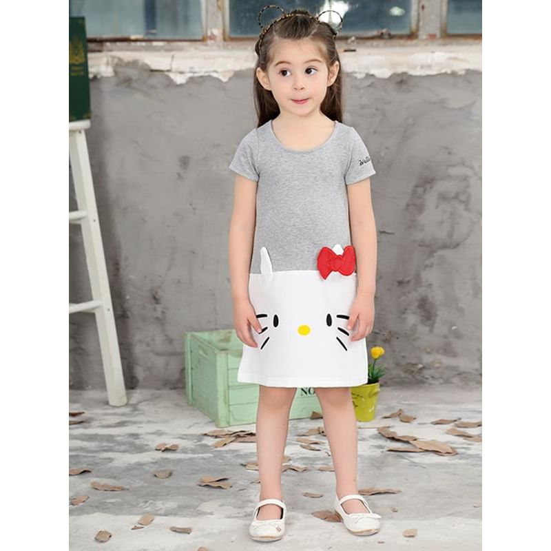 Kiskissing Cat Print Appliqued Cotton Dress Short-sleeve Dress for Toddlers Girls the model show wholesale little girl clothing