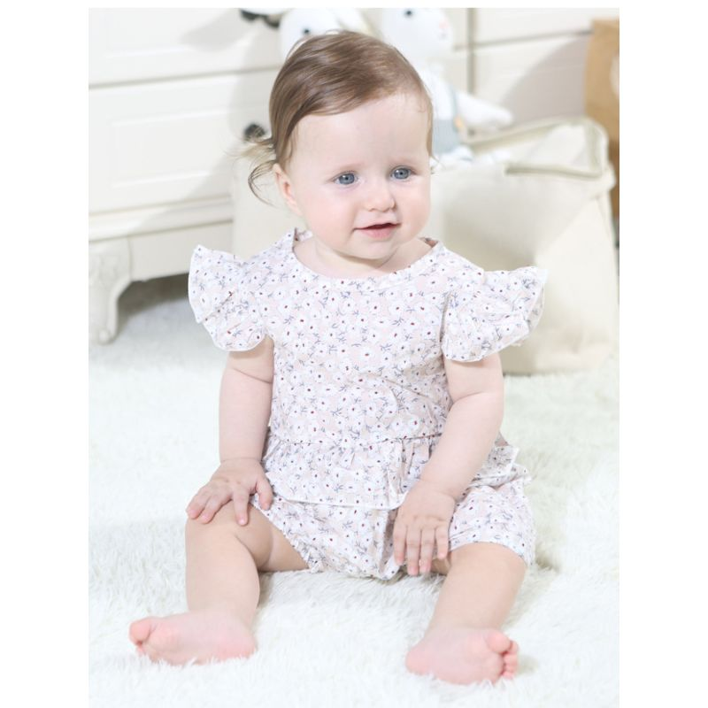 2-Piece Fashion Baby Little Girl Floral Flutter Sleeve Top + Frilled Shorts