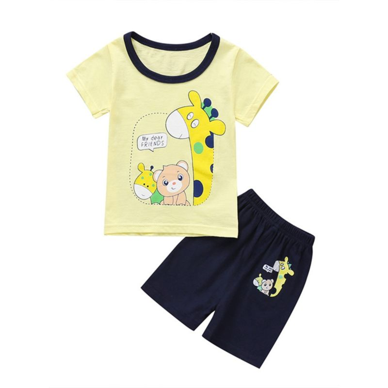 2-Piece Cartoon Giraffe Bear Outfit Tee Matching Shorts